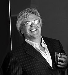 featured comedian Ron White